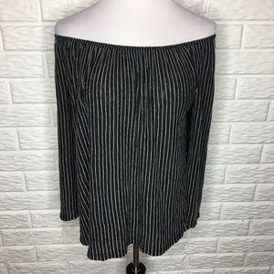 W5 Black & White Off Shoulder Top - Sz M